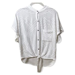 OLIVACEOUS White Button Down Front Tie Top